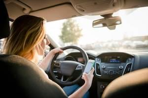 DuPage County distracted driving lawyer
